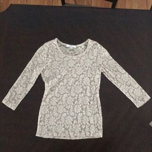 Lace scoop neck shirt tight